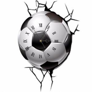 """Часы """"Мяч разламывает стену"""""""